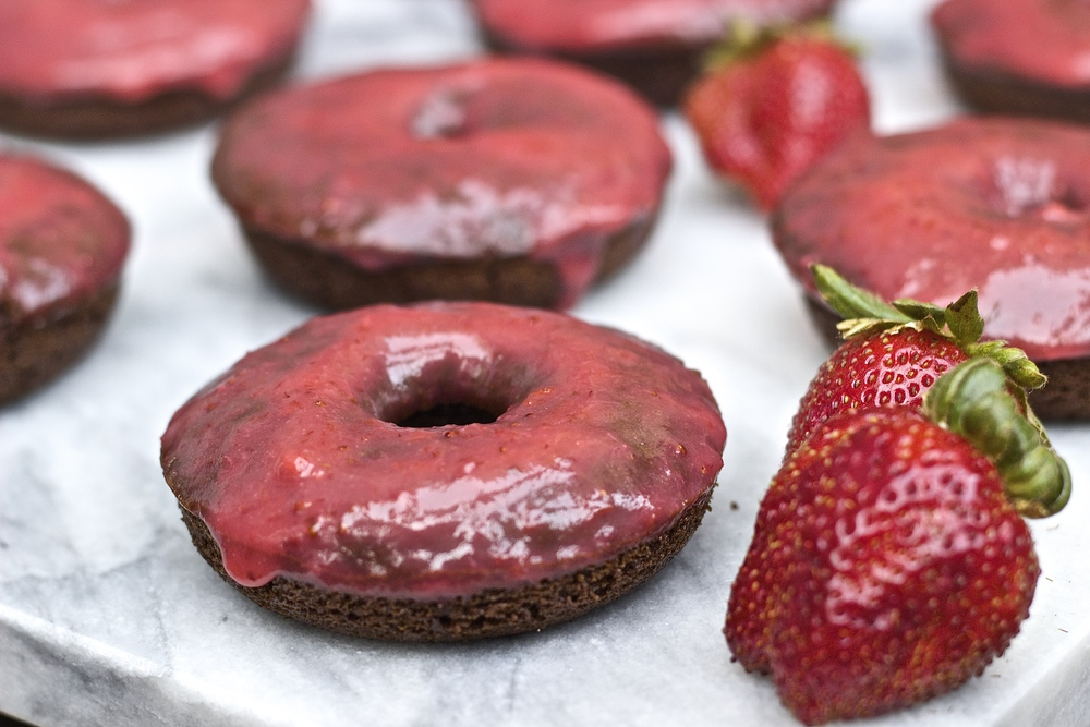 Chocolate Doughnuts with Real Strawberry Icing {vegan} | Kneading Home