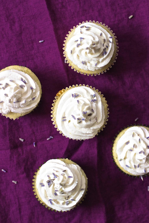 Lavender Lemonade Cupcakes {vegan} | Kneading Home