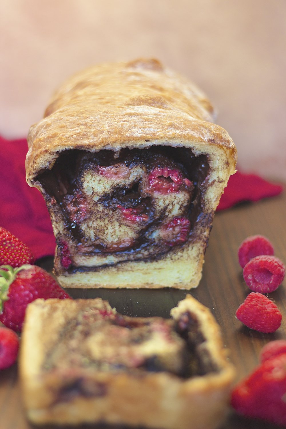 Dark Chocolate Berry Swirl Bread {vegan} | Kneading Home