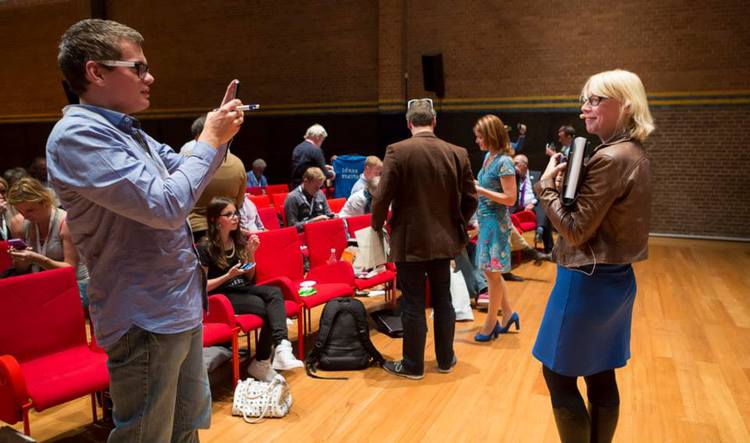 Interactive keynote on PreziDay, Beurs van Berlage, Amsterdam - photo credit: Congres in Beeld