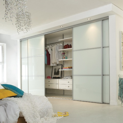 Sliding wardrobe with interiors