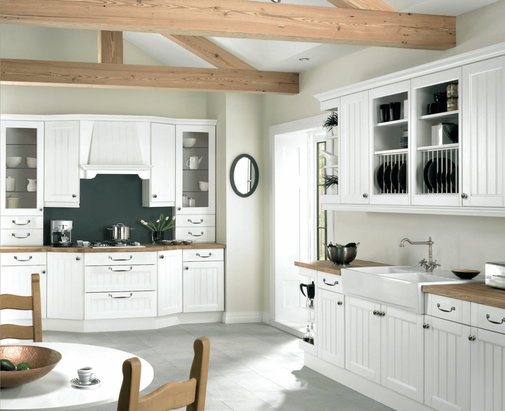 Boston White Traditional Fitted kitchen