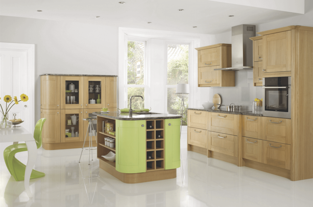 Lincoln Oak & RTP Spring Fitted Kitchen