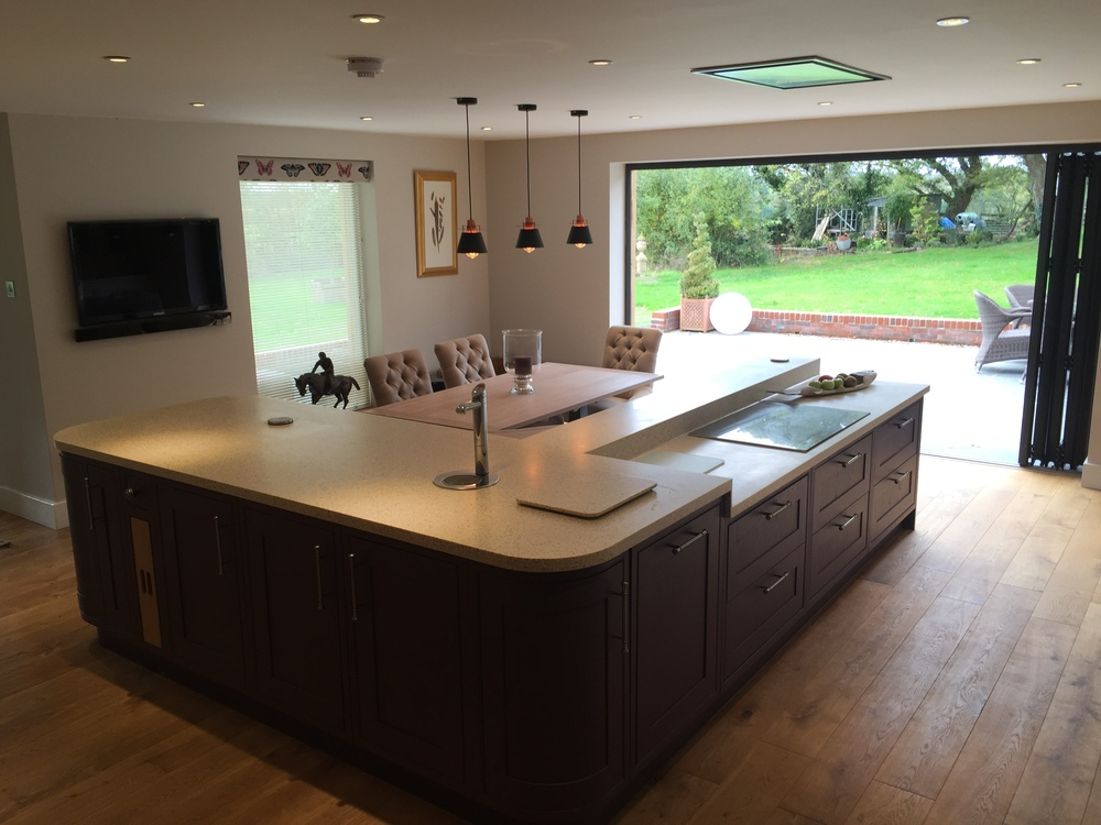Open plan living in hampshire for Open plan kitchen