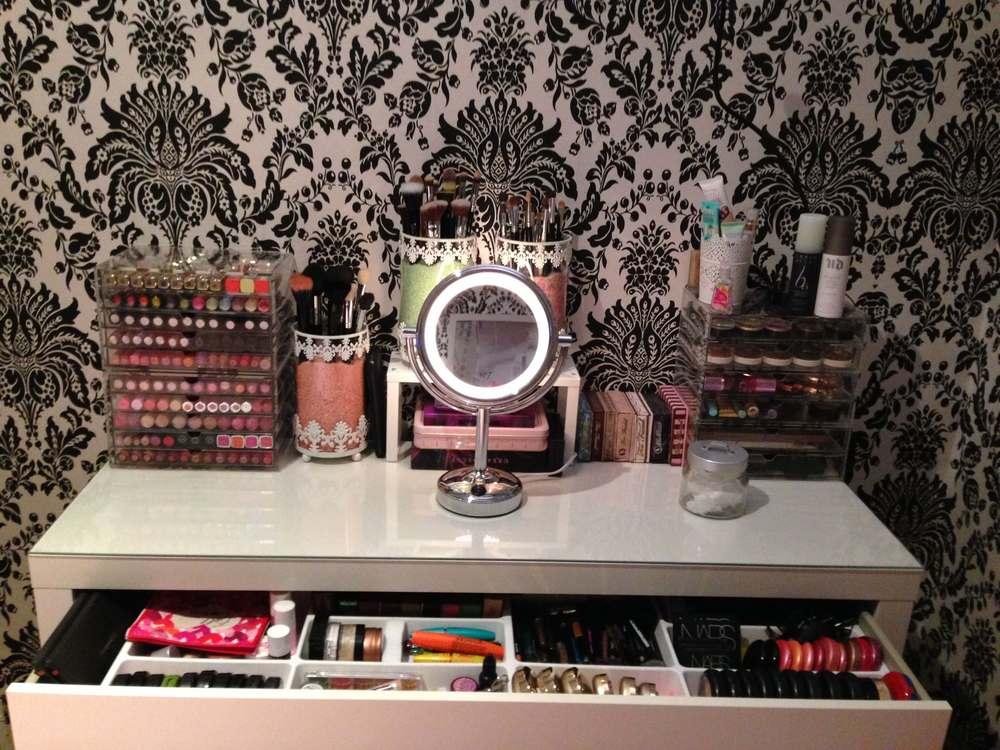 organise you makeup