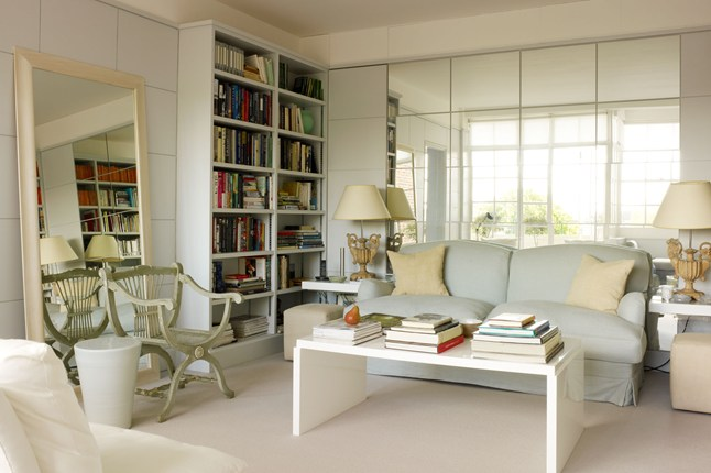 How To Use Mirrors To Make Your Room Look Bigger