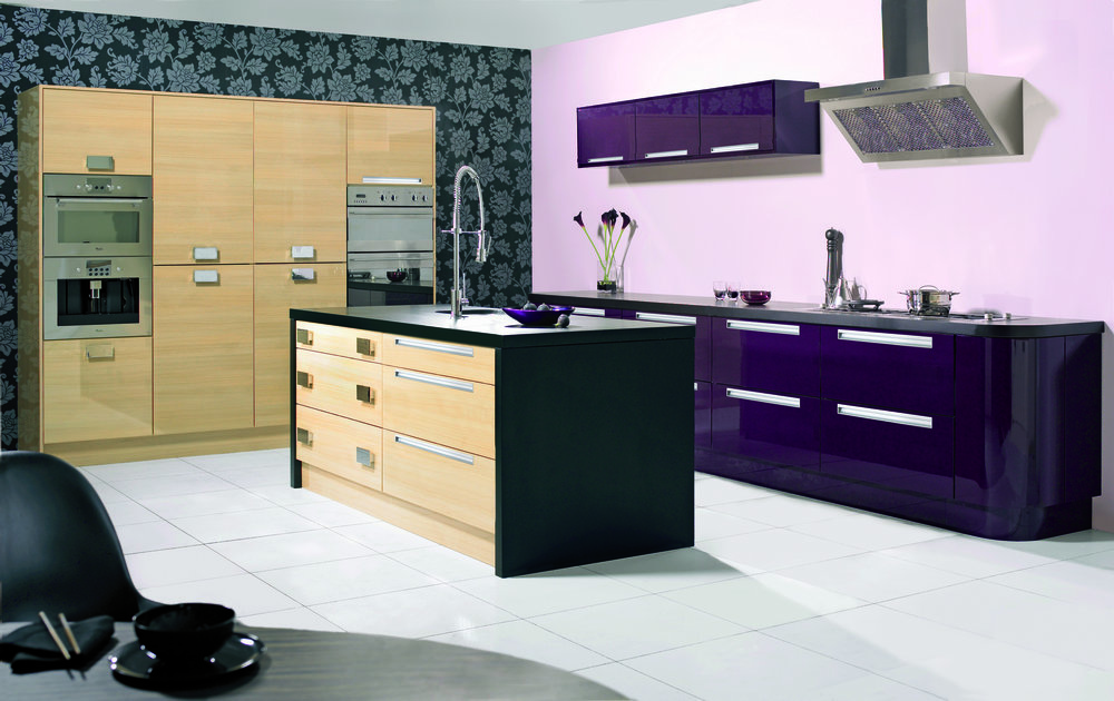 Gloss Aubergine and Oak Set Shot (Price Group 4).jpg