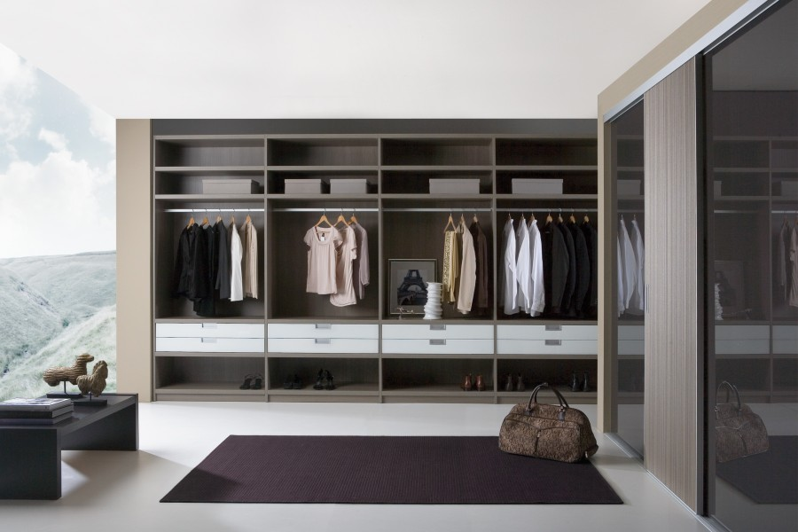 Custom walk in wardrobes