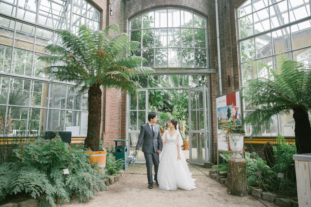 romantische-bruidsfotografie-de-hortus-botanicus-amsterdam