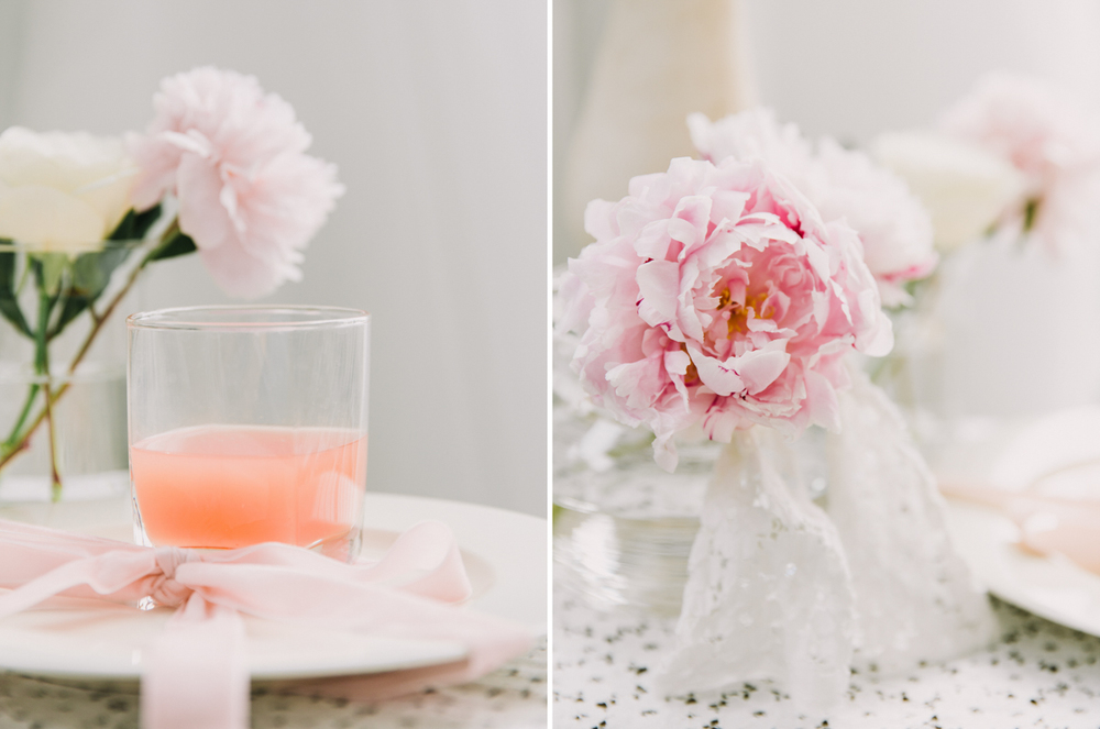 peach-drink-with-pink-ribbon-wedding-decor