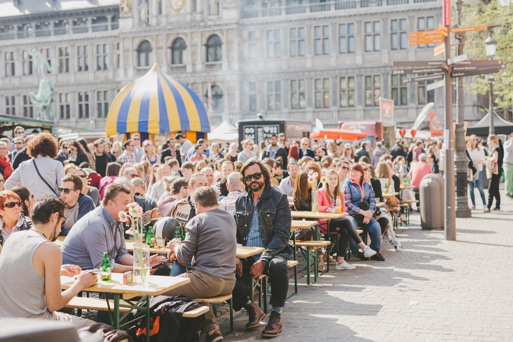 Swan Market Grote Markt Antwerpen