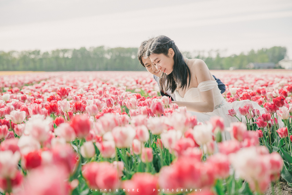 Trouwen in het Tulpenveld - CHYMO & MORE Photography