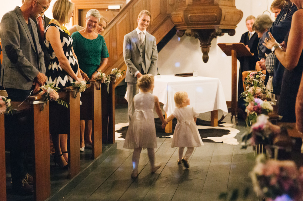 bruiloft-ceremonie-in-een-kerk-amshoff-groningen