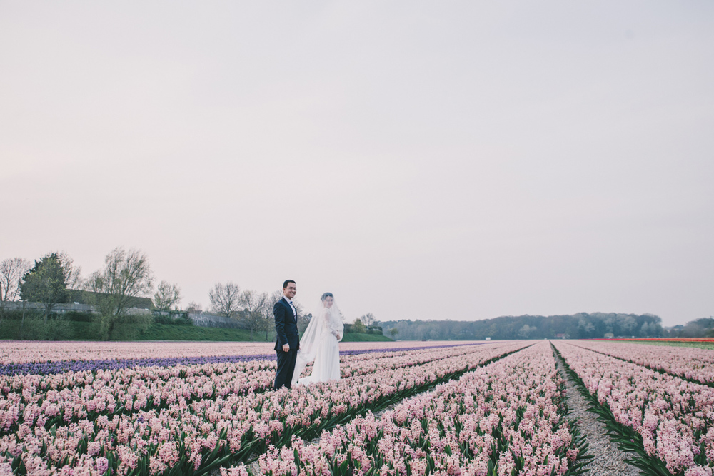 tulip-field-wedding-in-the-netherlands