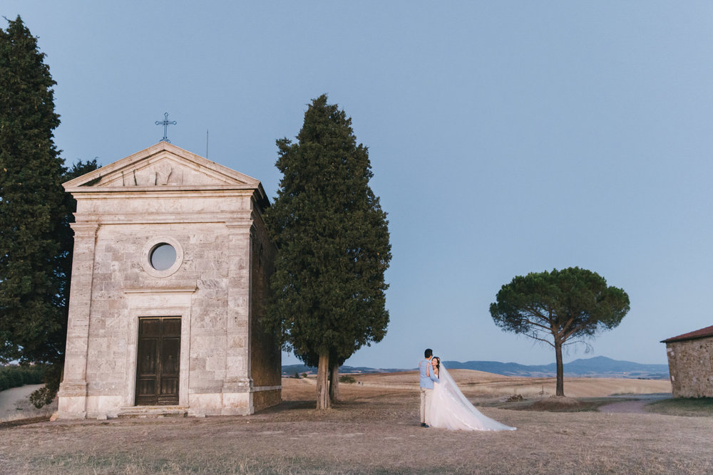 Tuscany Destination Film Prewedding Photography in Val d'Orcia