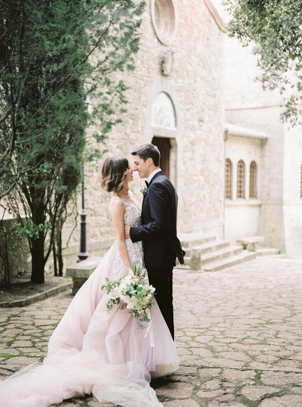 SECLUDED villa wedding   tuscany, italy