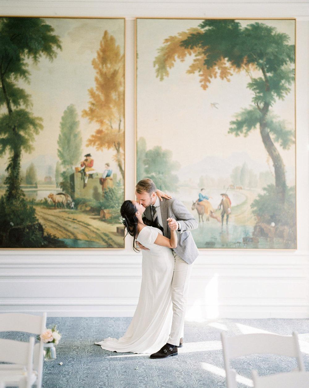 timeless castle wedding   leiden, netherlands