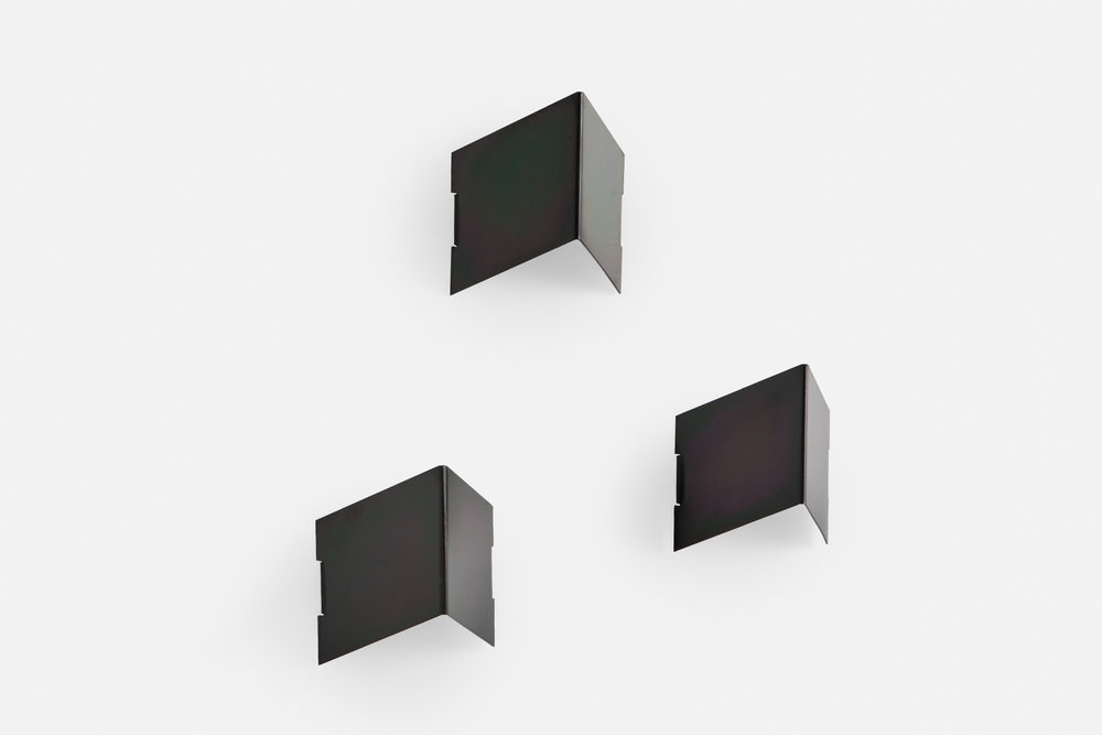3x Fold wall hooks in black zinc