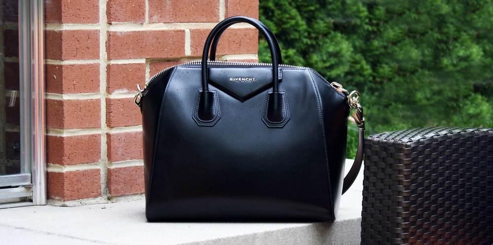 womens-fashion-blog-givenchy-handbag-black-leather-thank-you-cinderella.jpg