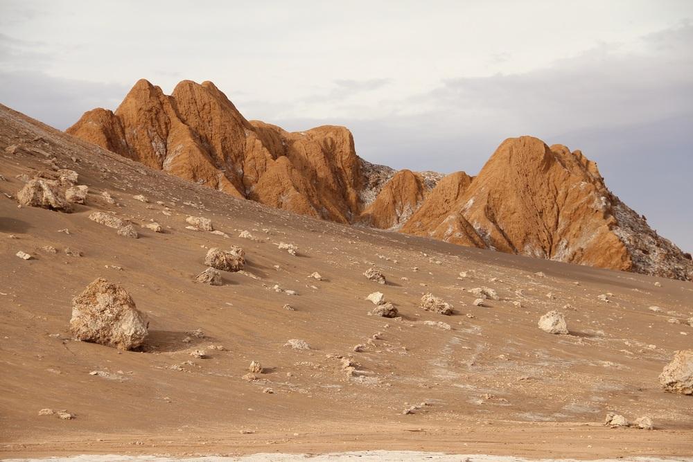 Valle della Luna: sabbia e rocce.