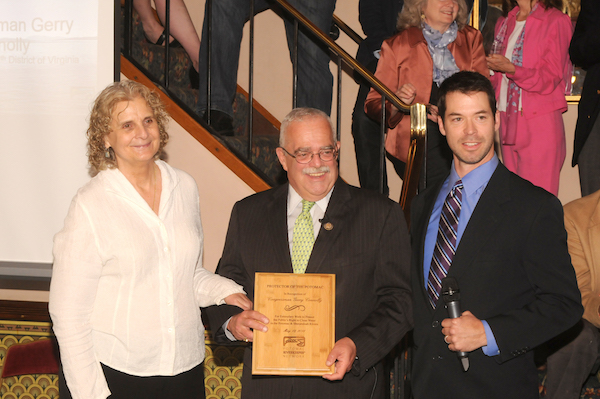 (Pictured from left to right: Stella Koch, Congressman Gerry Connolly and Riverkeeper Network President Jeff Kelble)
