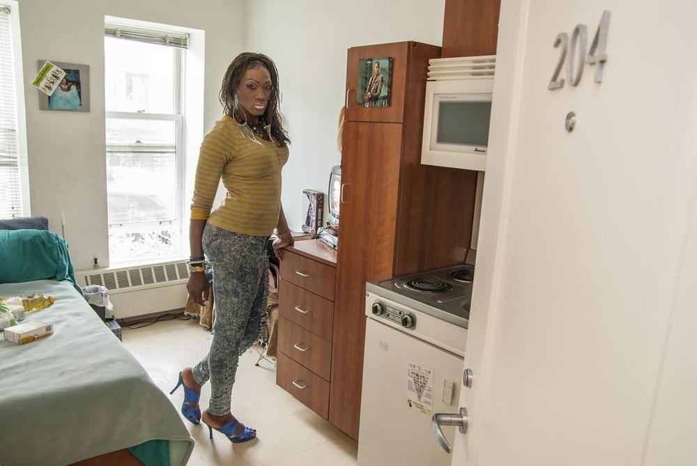 HousingWorks_WomensHousing_574.jpg