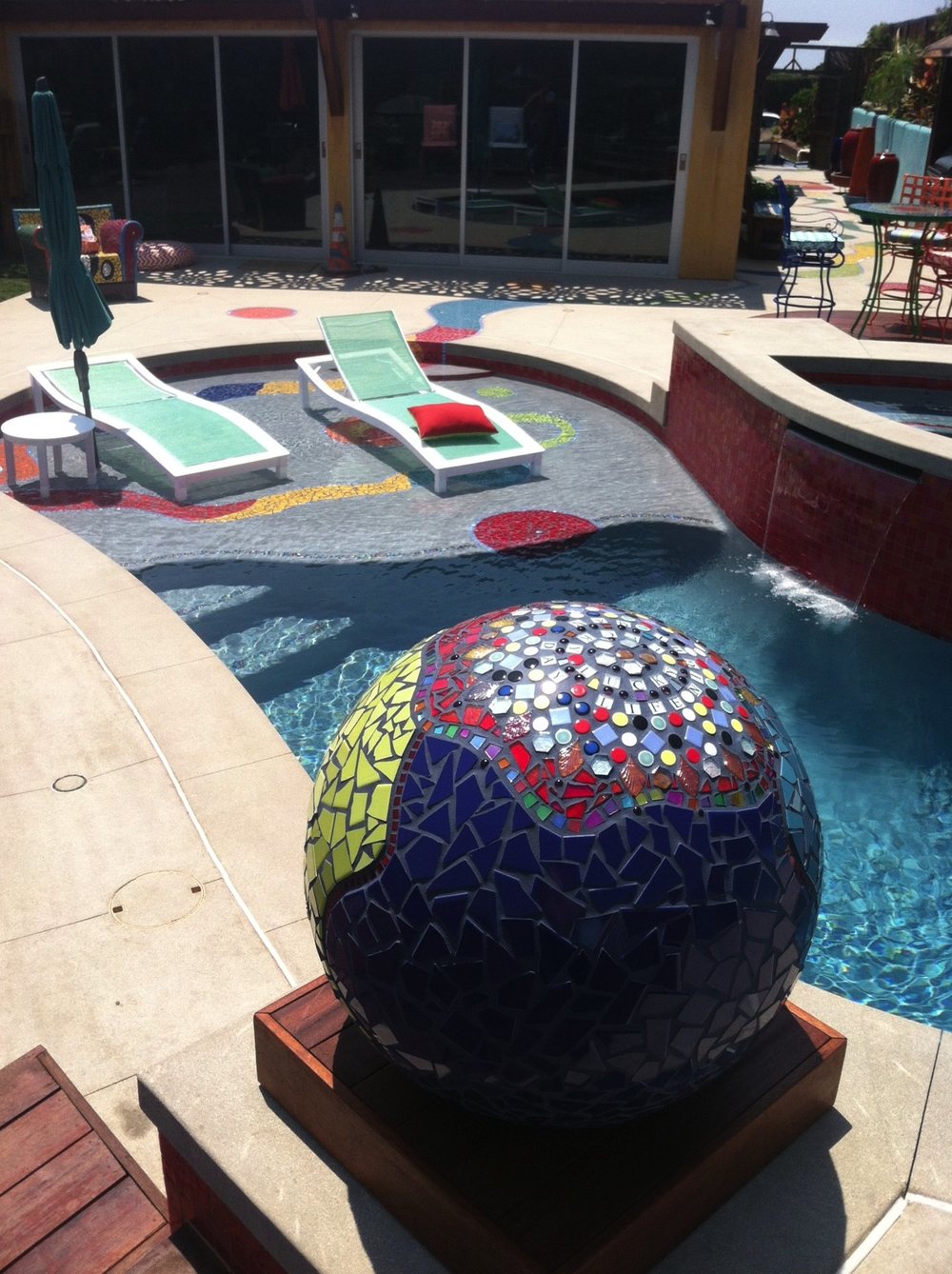 Mosaic Tile Garden Ball
