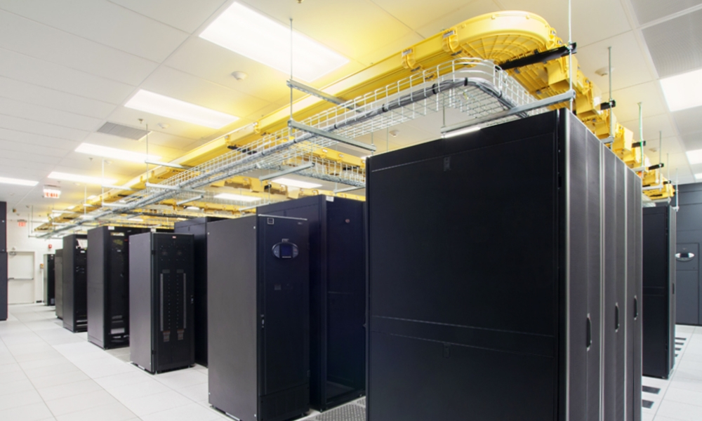 Integrated-Design-Group-TuftsTAB-Interior-Data-Center1.jpg