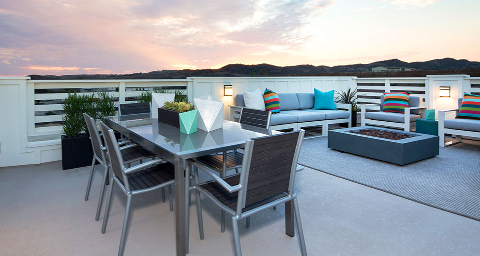 Plan 3X at Trellis features an optional rooftop deck.