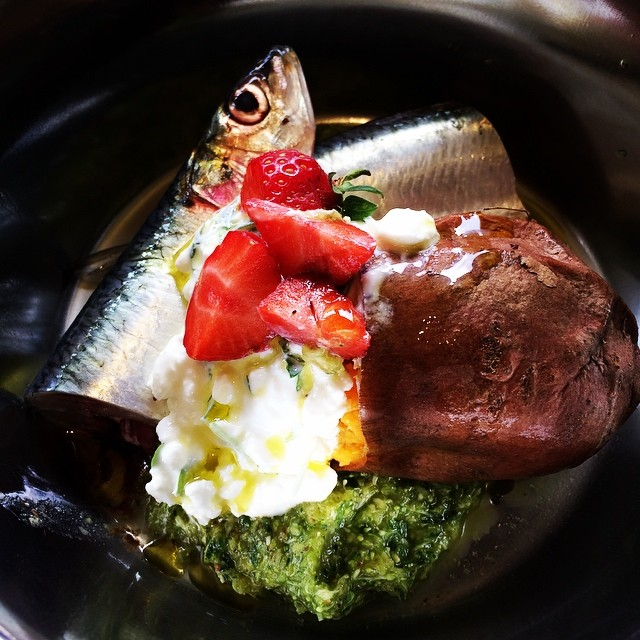 Fresh fish like Sardine is a good source of omega 3 fatty acid