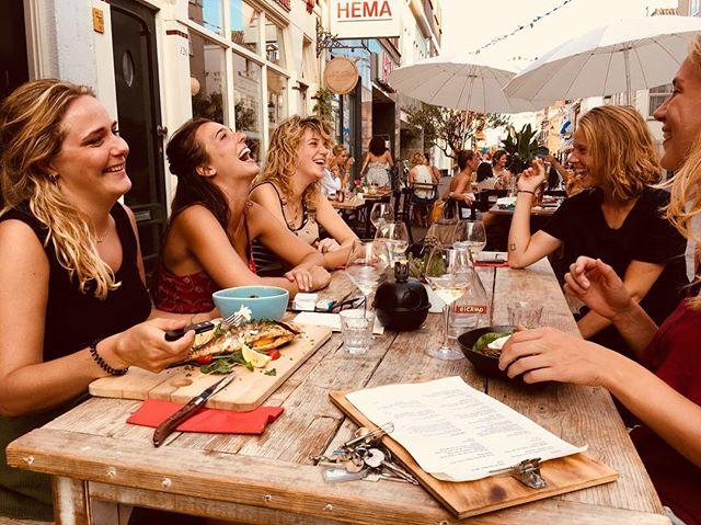 What a lovely evening yesterday! Friends, laughter, the best wines, very tasteful dishes and our cosy terrace ❤️ Hope to see you soon!
