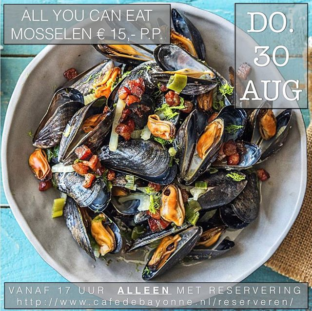** FÊTES DES MOULE ~ MOSSELFEEST ** the mussels are served in different marinades with bread and drink it with our bestseller wine Verdejo; a match made in heaven.. 🤤 See you this Thursday! #nomnom #gezelligheid #musselparty #whiteverdejo #mosselfeest #allyoucaneat #bookyourtablenow