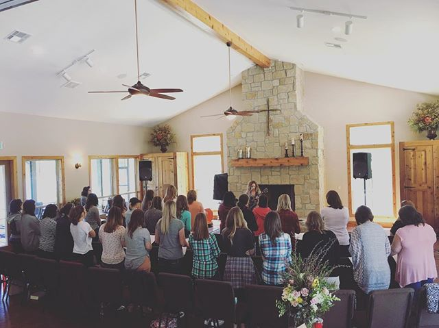 What a sweet time of worship with @taylor_stearns at our women's retreat today!
