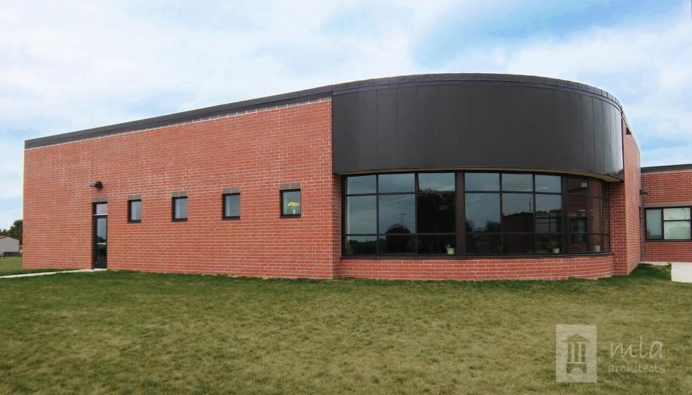 DSCF9629-Exterior of Media Center.jpg