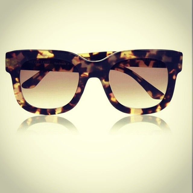 #glasses #frames #sunglasses #shades #shape #optical #plastic #tort #modernoptical #menswear #mensfashion #womanswear #womansfashion