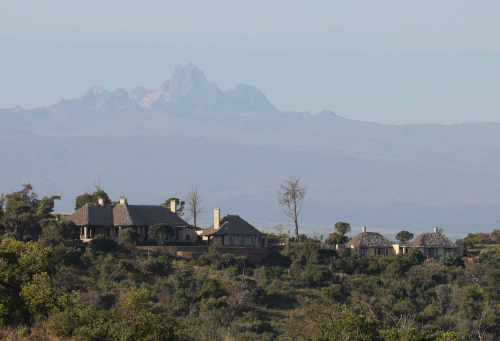 360° degree views of Kenyan wilderness