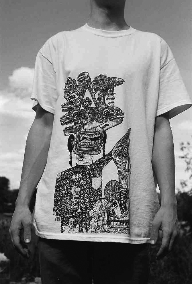 'THE MAN GOD' TEE