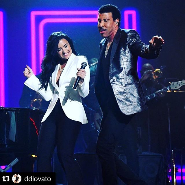 Last night @ddlovato blew us all away with her INCREDIBLE performance at the #GRAMMYs! The verdict is in, and her performance of @lionelrichie's 'Hello' completely stole the show! 😍🙌🏼🎉 To watch her performance, check out the link on our FB or Twitter (@charmingmovie)!