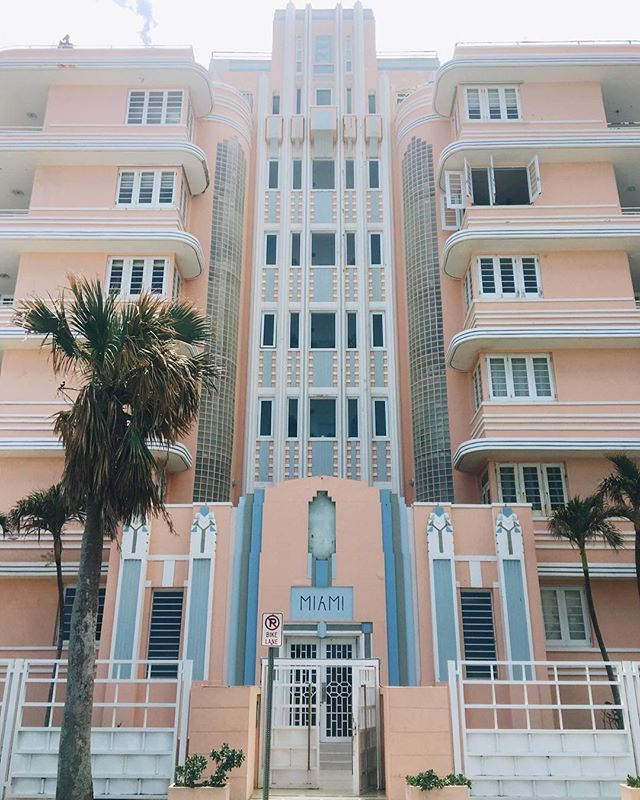 i wish I could place a melody line down in words- the feeling of a song. it's sad communication doesn't work that way.  on that note, iwant to chase my childhood dreams now. catch u later.  #miamihotel #puertorico #travel