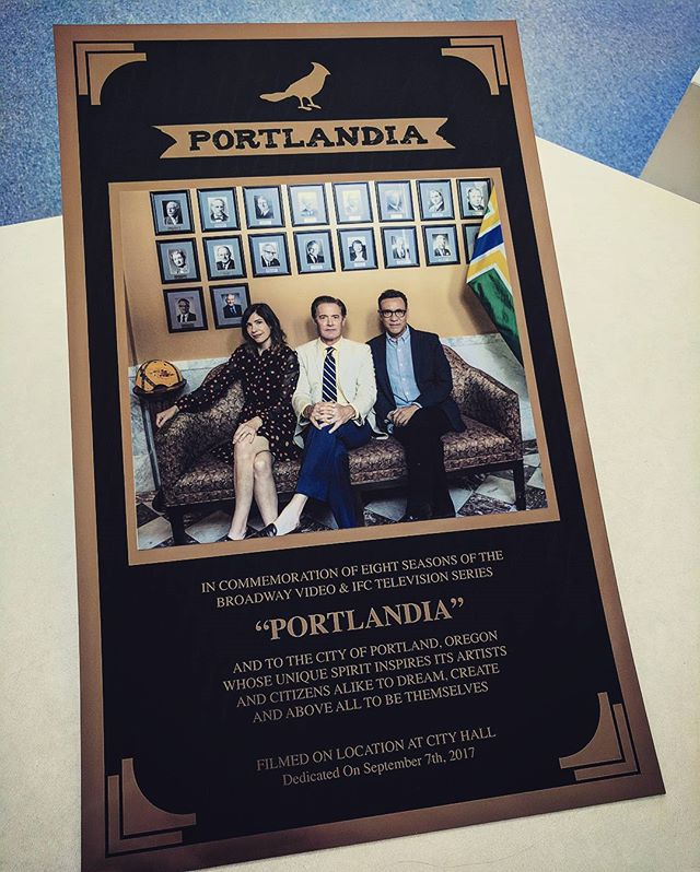 An awesome send off we had the pleasure of working on with Oregon Film. We've loved every project we've been able to work on that shows up in Portlandia, and being a part of this memorable plaque that will be in City Hall was a very special opportunity. #portlandia #oregonfilm #laserengraving #laserengraved #sublimation #sublimationprinting #fredarmisen #carriebrownstein  see the article here - https://goo.gl/2YyTvM