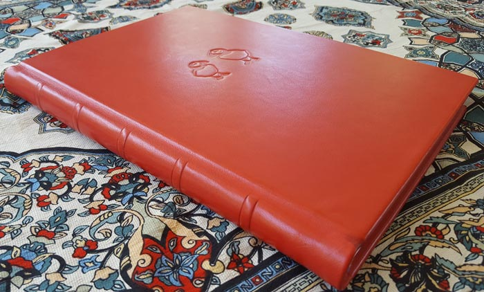 the_binding_studio_guest_book_red.jpg