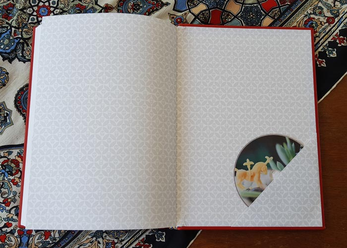 the_binding_studio_guest_book_pocket.jpg
