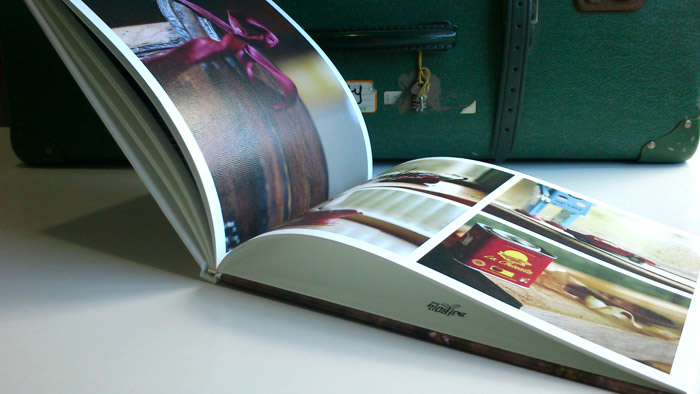 the_binding_studio_books_canvas_perfect_bound_spread.jpg