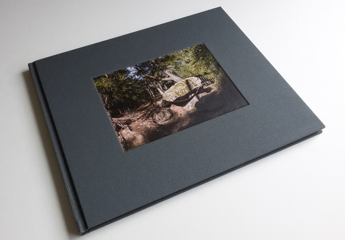 Perfect bound (cover: recess, photo inlay)