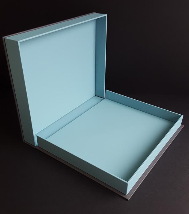 the_binding_studio_portfolio_open_clamshell.jpg
