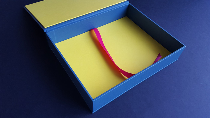 the_binding_studio_print_box_custom_colour_portfolio.jpg