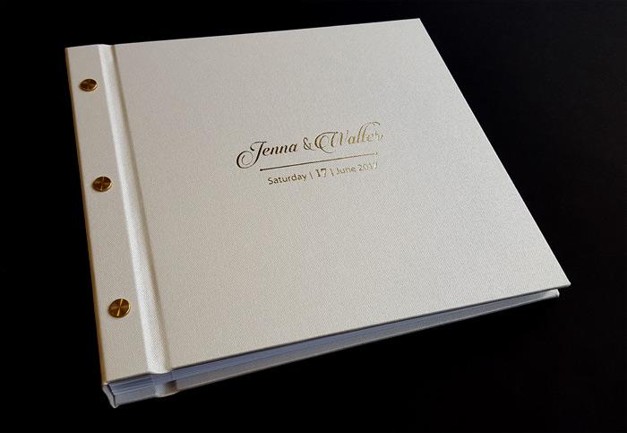 the_binding_studio_guest_book_gold_foil.jpg
