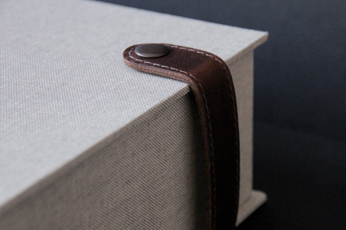 7_the_binding_studio_mandela100_box_strap_detail_web.jpg