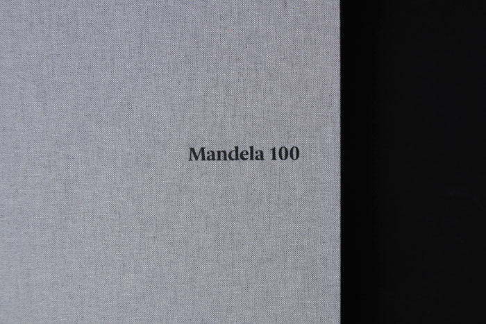 23_the_binding_studio_mandela100_print_folder_uv_detail_web.jpg
