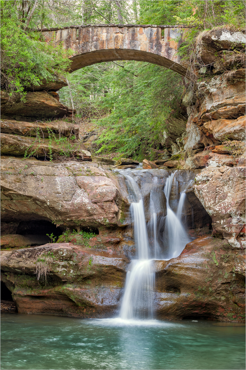 Upper Falls, Hocking Hills    © Howard Grill